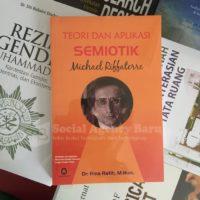 Teori dan Aplikasi Semiotik Michael Riffaterre